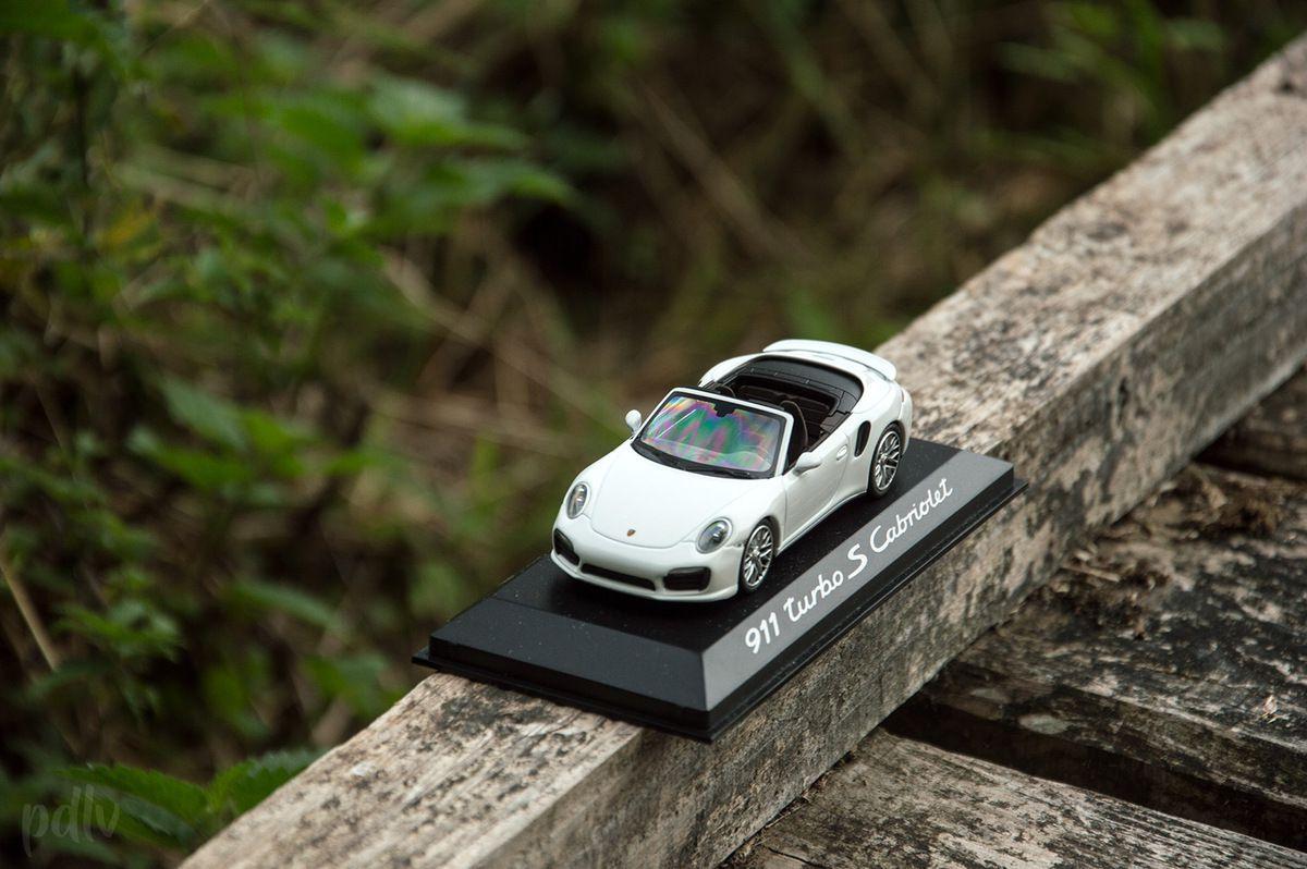 1/43 Porsche 911 (991) Turbo S cabriolet, Minichamps (WAP0203110E)