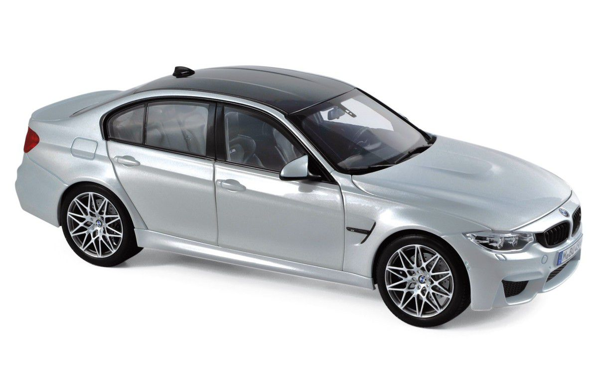 1/18 : La BMW M3 Compétition sortie par Norev