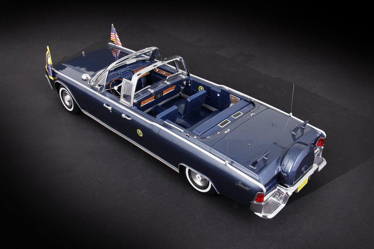 1/18 : La Lincoln Continental de Kennedy de CMF