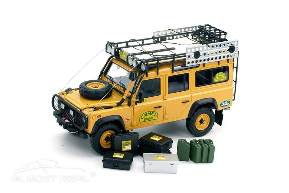 1/18 : Le somptueux Land Rover Defender Camel Trophy d'Almost Real