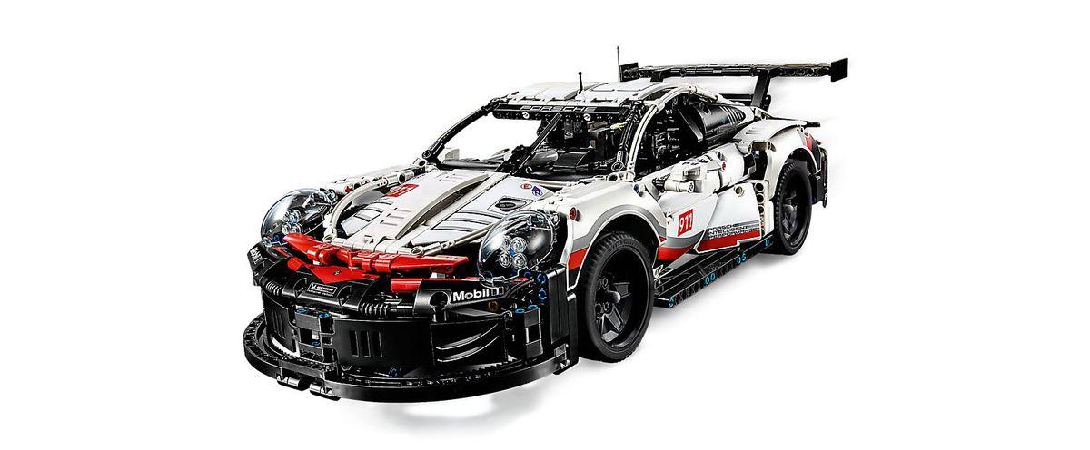Lego Technic : la Porsche 911 RSR arrive... mais après Noël !