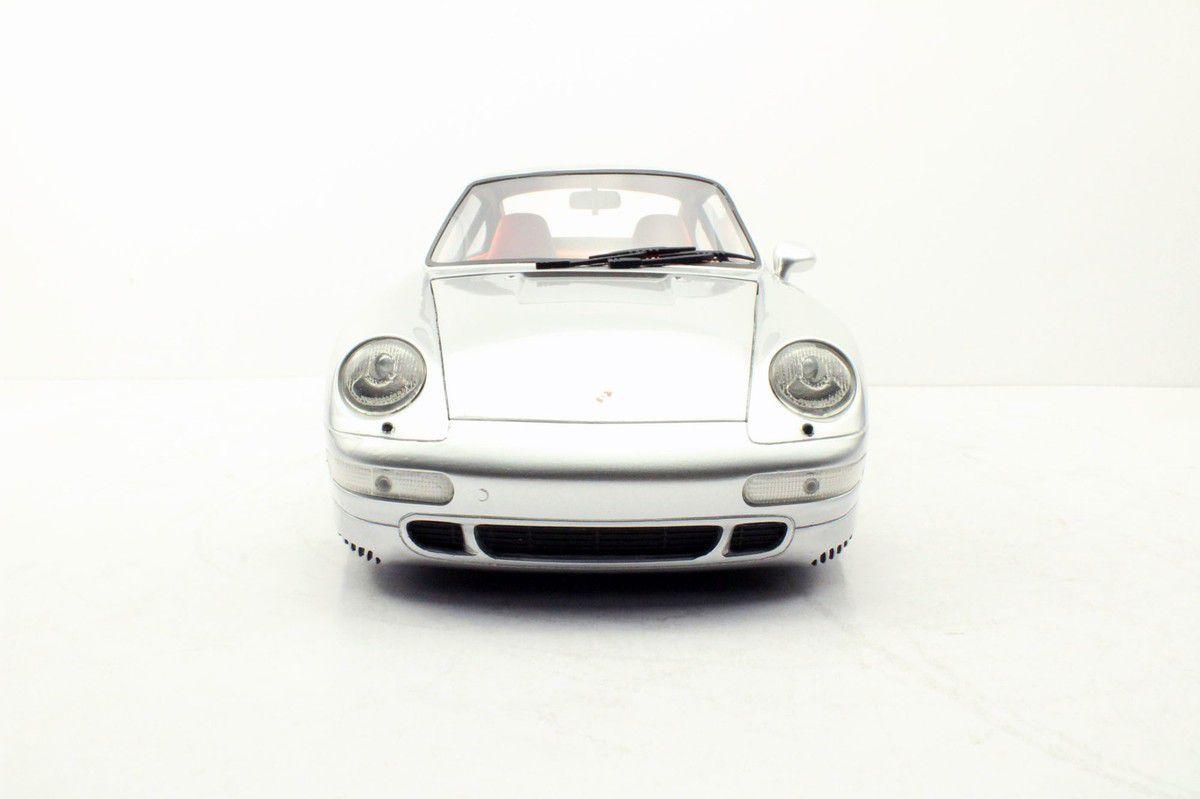 1/12 : La Porsche 911 (993) Turbo de Top Marques a pris du retard