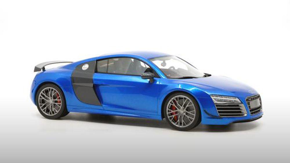 1/18 : DNA sort l'Audi R8 LMX
