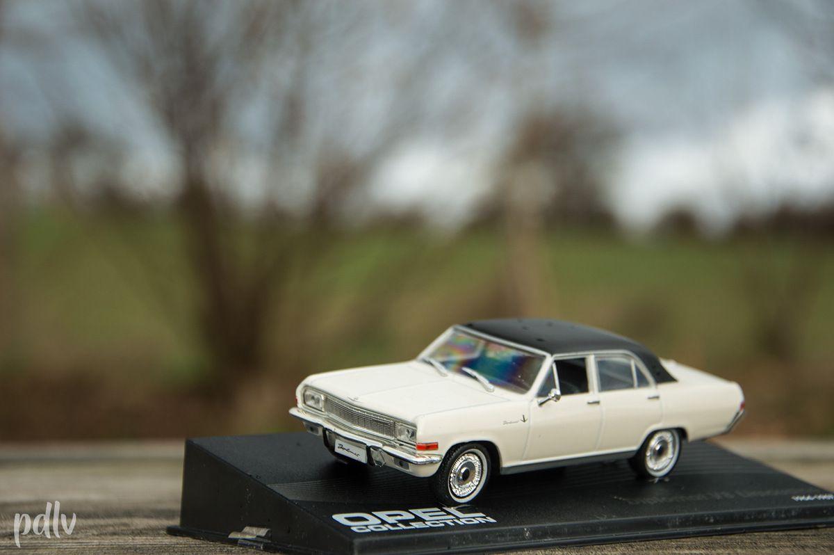 1/43 Opel Diplomat V8 Limousine, IXO (AG793)