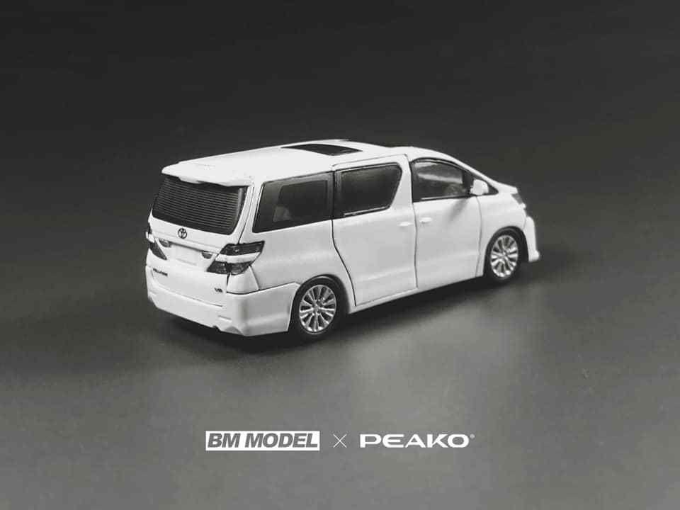 1/64 : Peako a modélisé le Toyota Vellfire