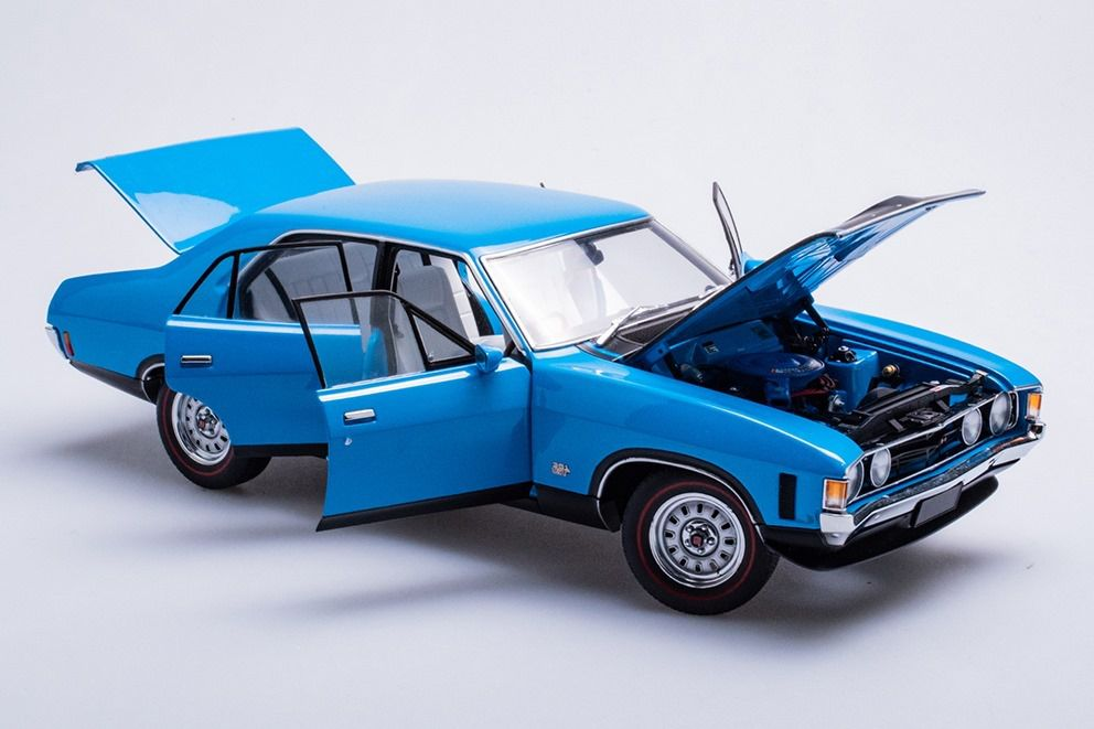 1/18 : une Ford XA Falcon GT toute ouvrante signée Biante