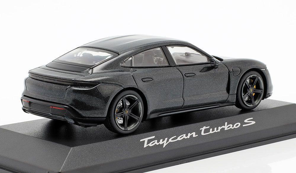 1/43 : À peine dévoilée, la Porsche Taycan miniaturisée
