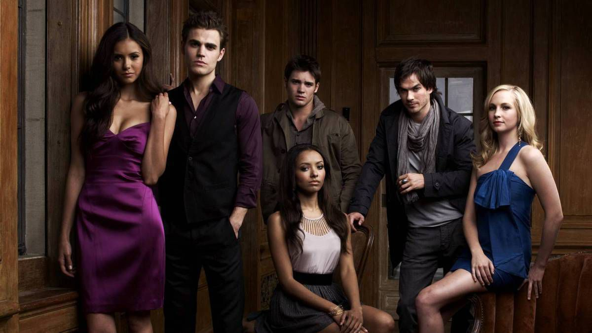 VAMPIRE DIARIES (CW - 8 saisons)