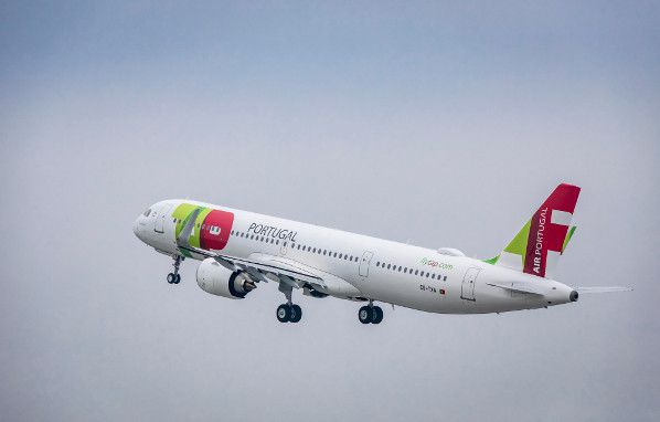 A321LR-TAP-Delivery-Takeoff