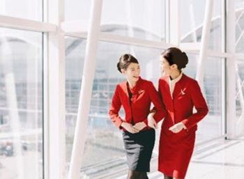 hotesses cathay pacific