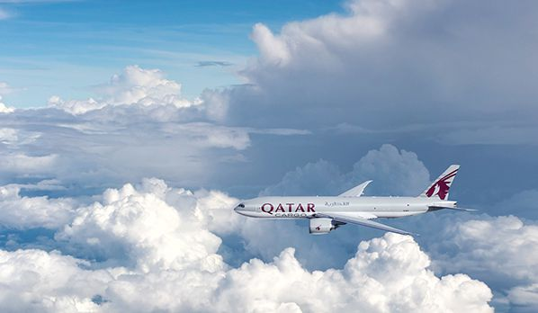 qatar airways cargo boeing 777