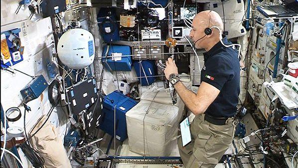 CIMON-2-and-Luca-Parmitano-Copyright-NASA-ESA
