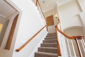 habiller les marches de l'escalier