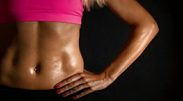 How to Get a Flat Stomach at 40                   Како да добиете рамен стомак на 40