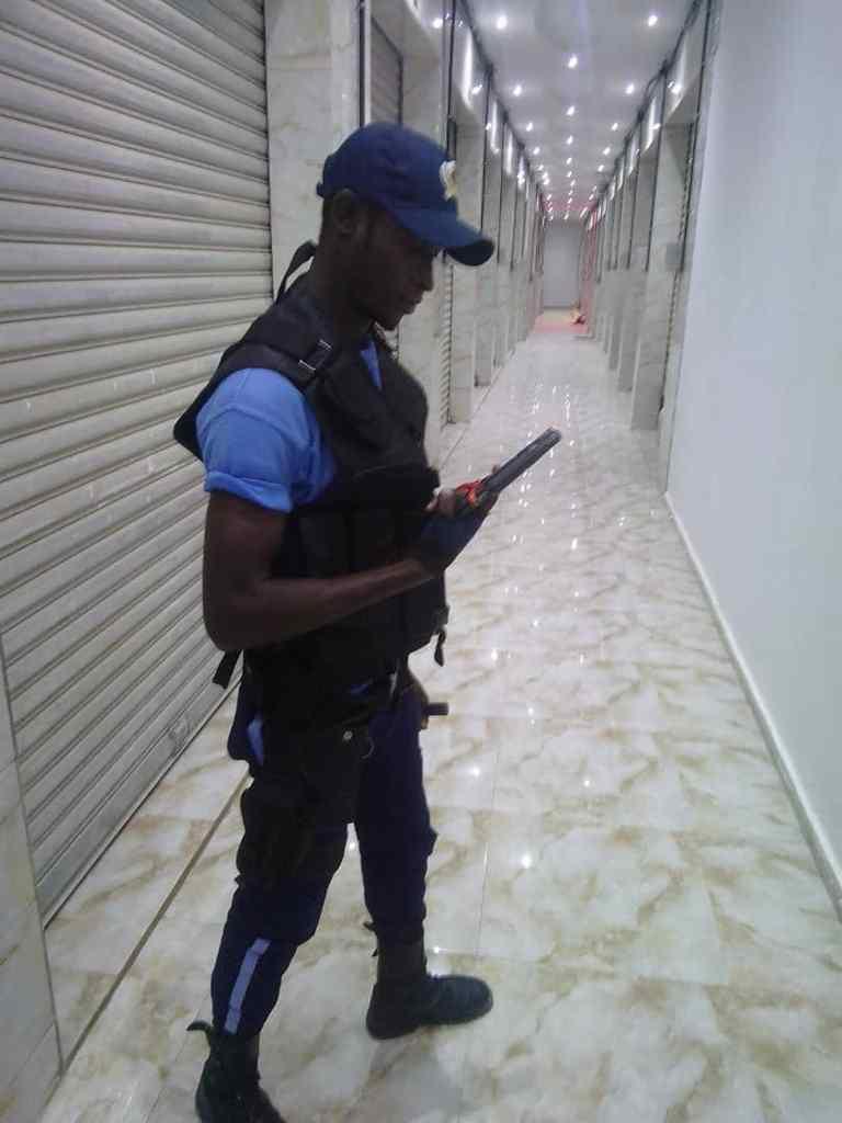 PUBLICITE // PIKINE  Service pro sécurité est une entreprise sénégalaise créer par un Pikinois  spécialisée dans la sécurité la prévention la surveillance et la protection de vos biens et services . Contact: 77 514 5010  - 77 503 4488 - 76 947 7951