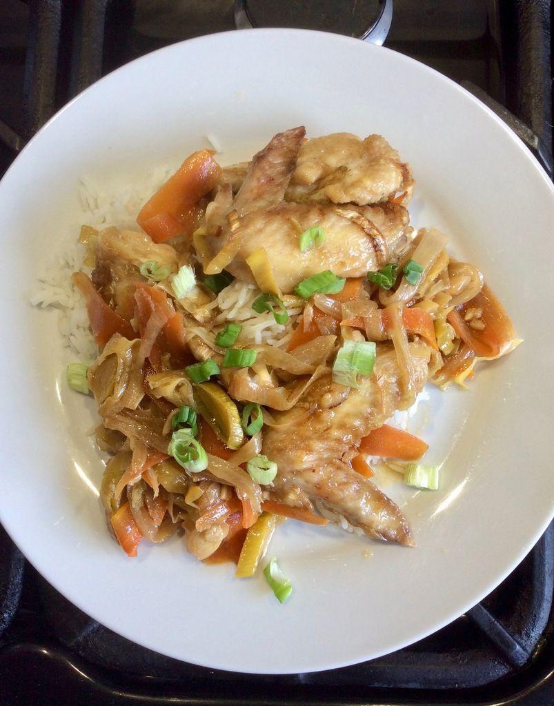 ailes de poulet et petits légumes à la chinoise