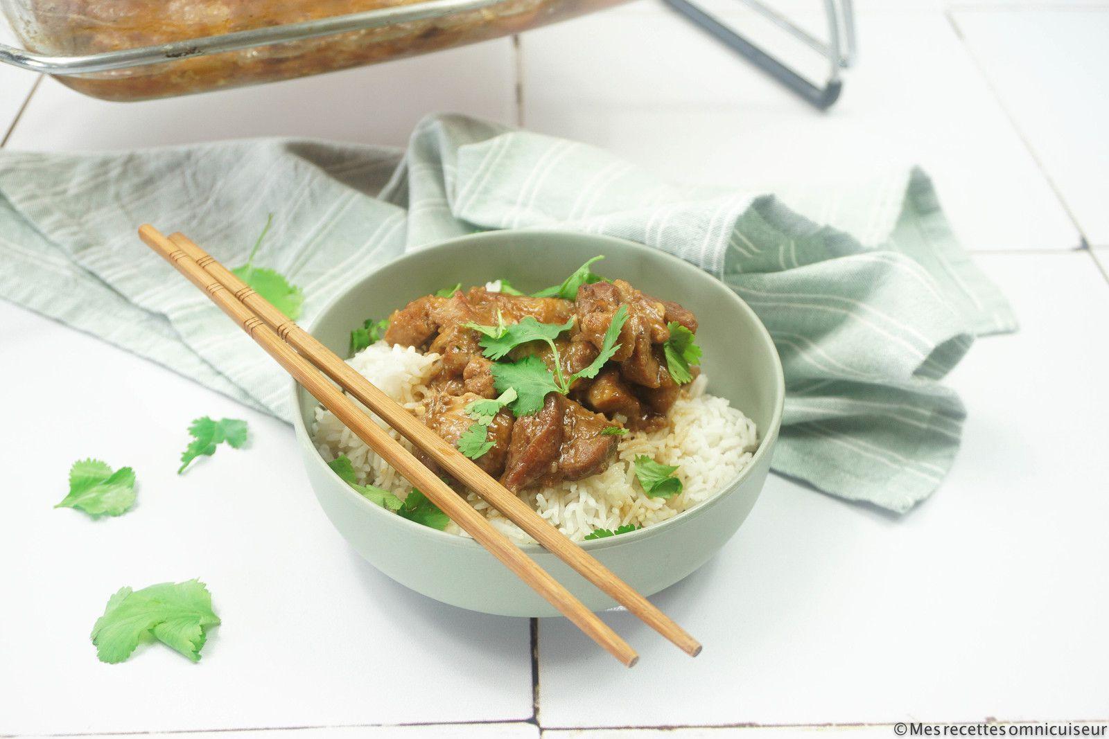 bol de riz basmati et porc au caramel préparé à l'omnicuiseur vitalité