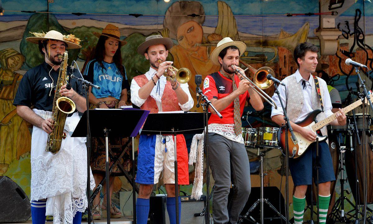 PERTUIS 1er soiréedu 20e Festival de Big Band ( 6 au 11 août )