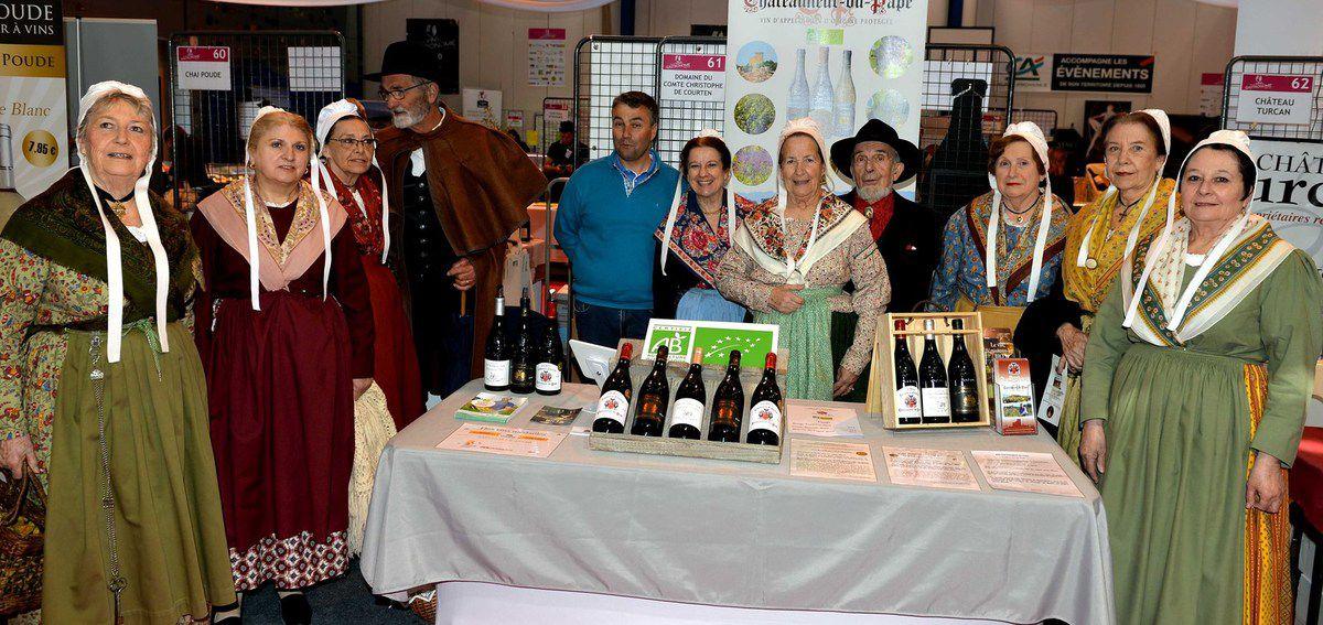 Photos AC . Le salon des vins de Pertuis ouverture en images