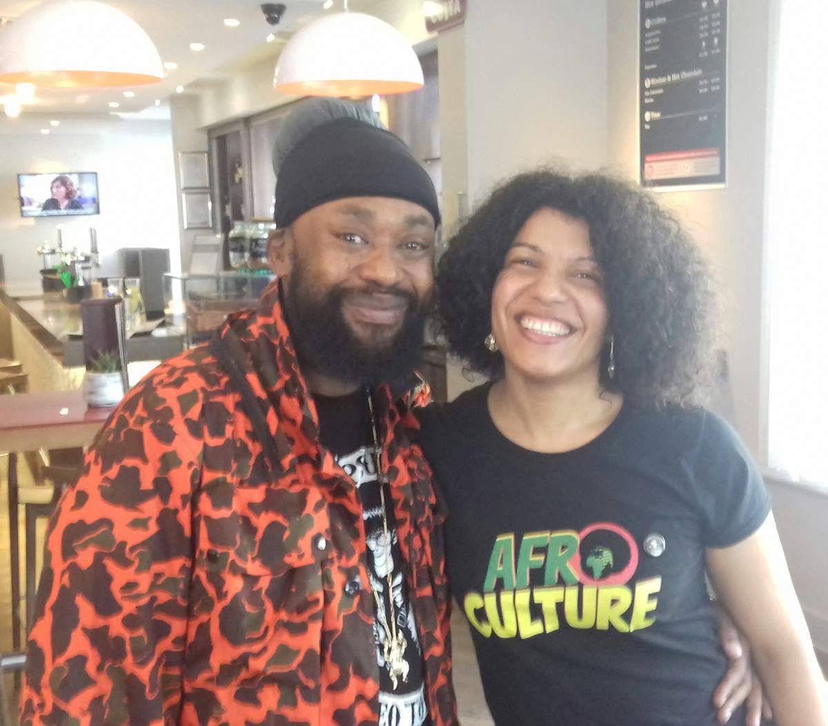 Caro Sika avec Mc Supernatural durant Breakin Convention 2018 Londres