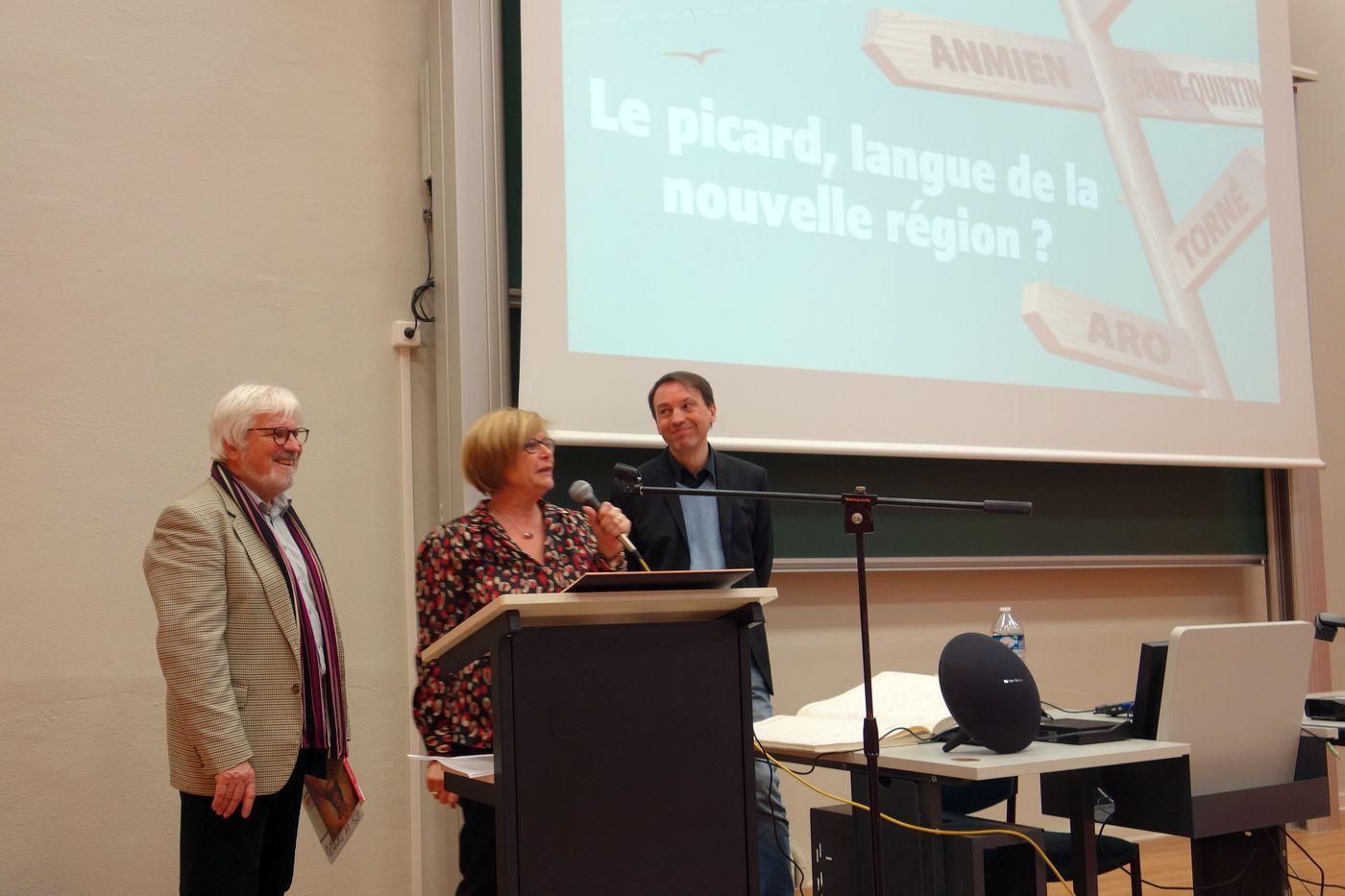 Photos de la conférence du9 janvier: LA LANGUE PICARDE
