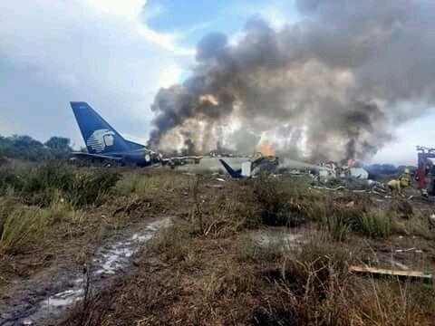 Internacional   Avión con 101 pasajeros se estrelló en México sin dejar víctimas mortales
