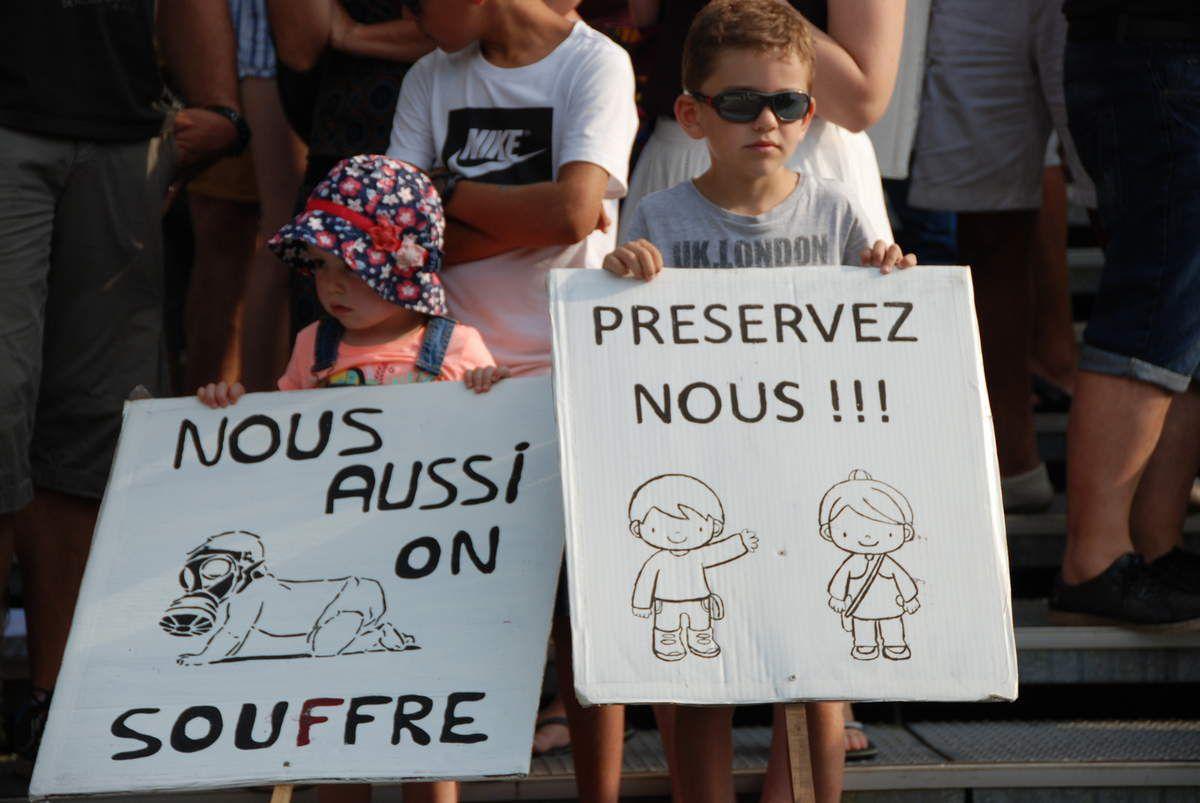 Sanofi | Mourenx | Manifestation contre les rejets toxiques