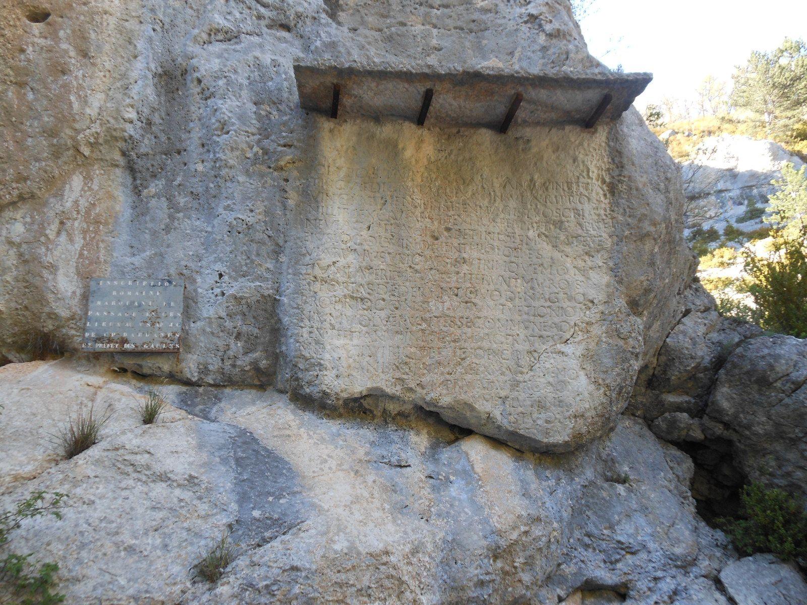 Pierre Ecrite in Théopolis Cité perdue