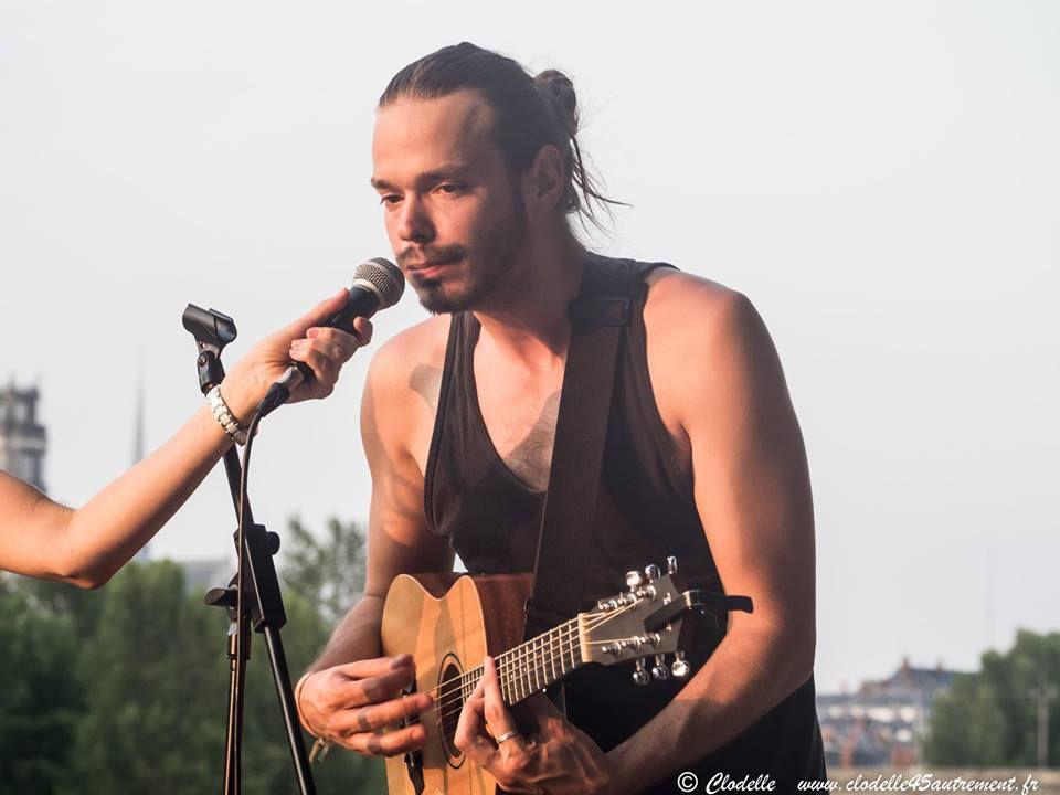 TELL ME en concert à LA PAILLOTE d' Orléans
