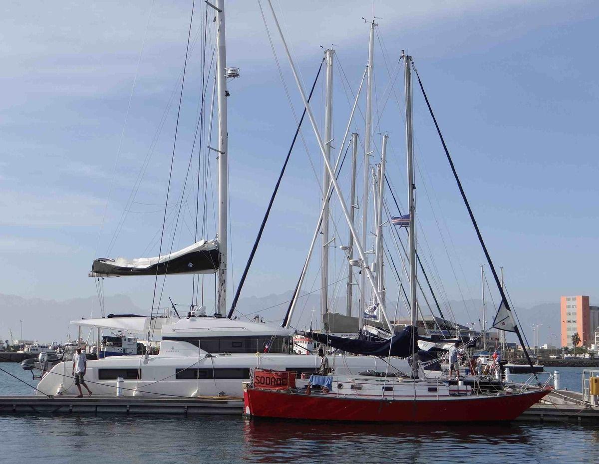 Petits monocoques ou grands multicoques, tous les voiliers s'apprêtent à traverser.