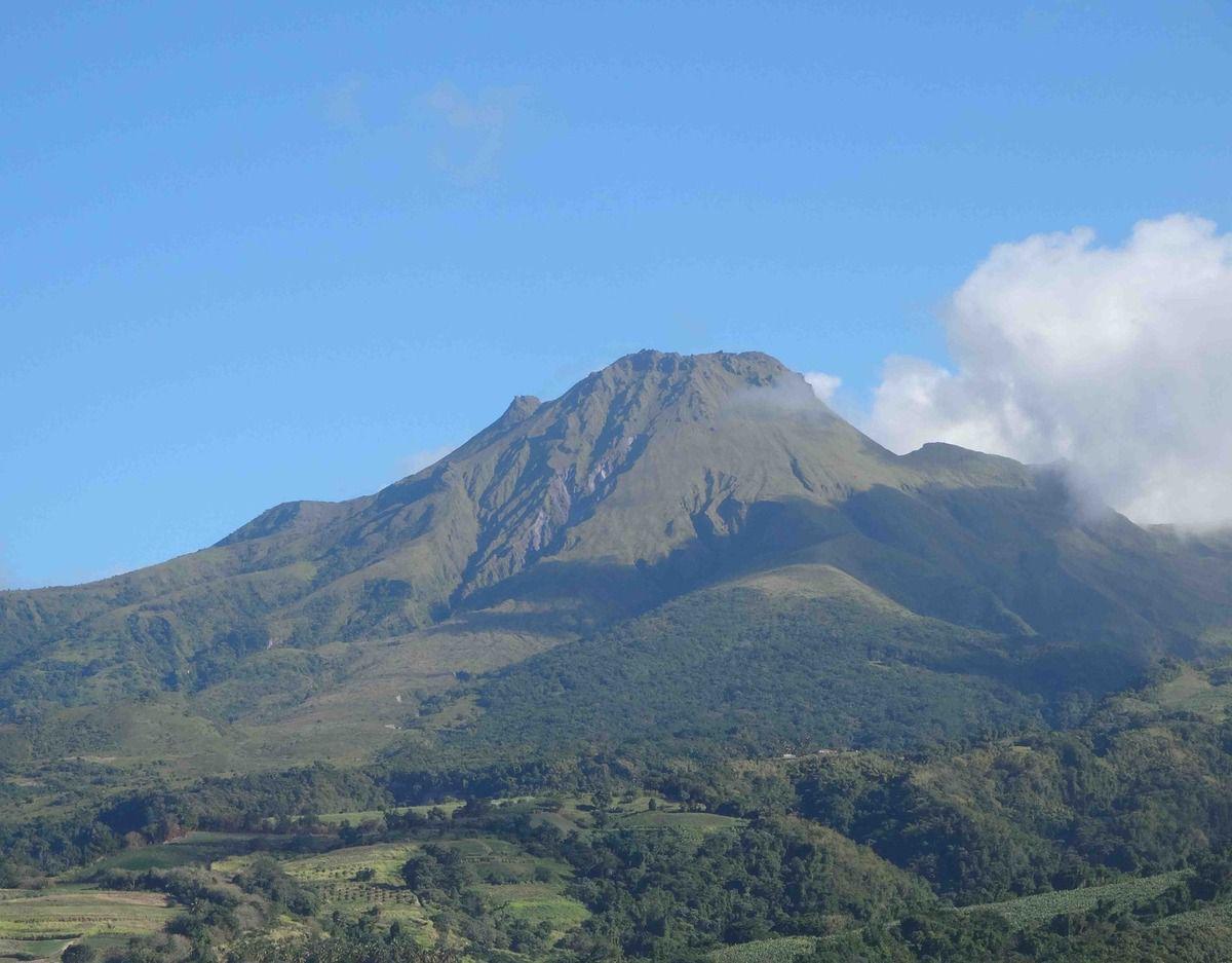 Forcément, quand on est arrivés en haut de la Montagne Pelée, il y avait des nuages.
