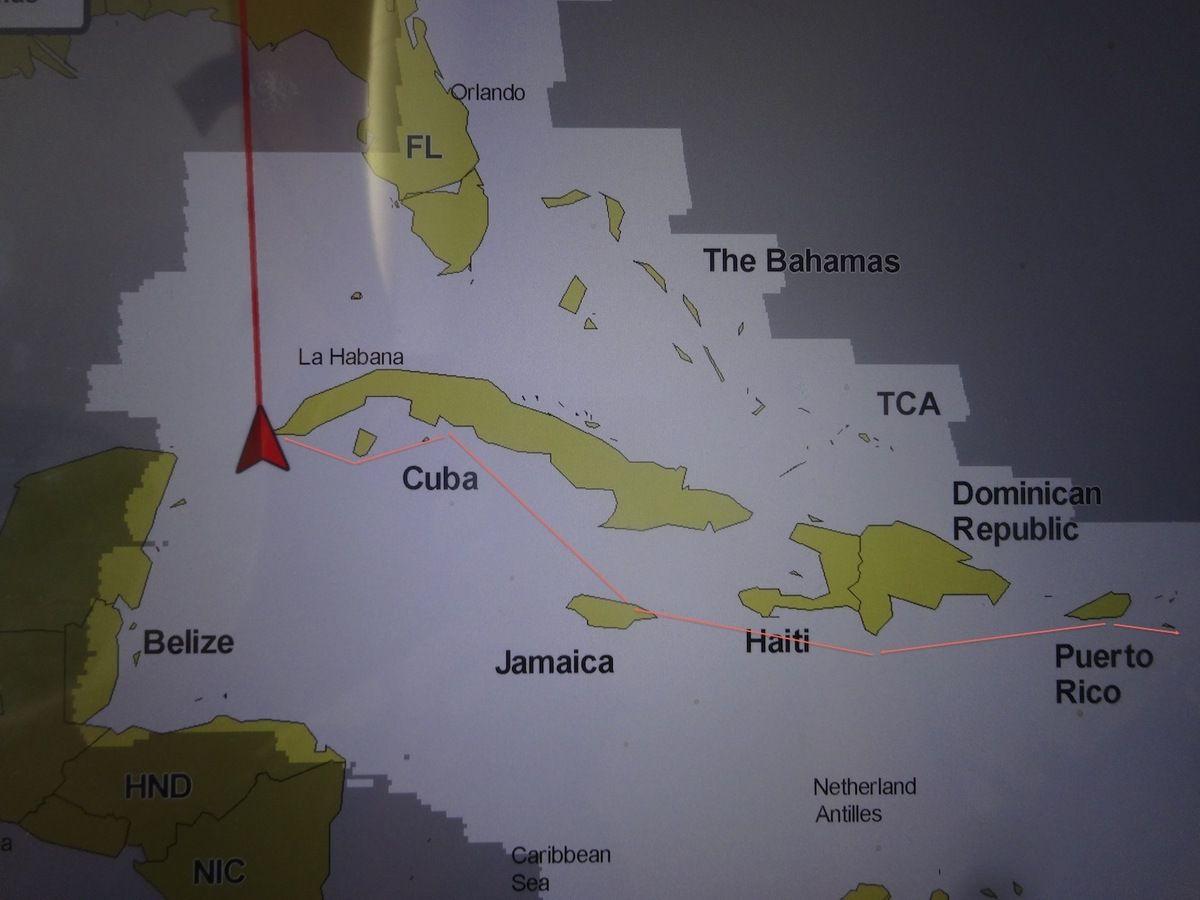 Le triangle rouge, c'est notre bateau sur notre GPS, à l'extrême ouest de l'île de Cuba.