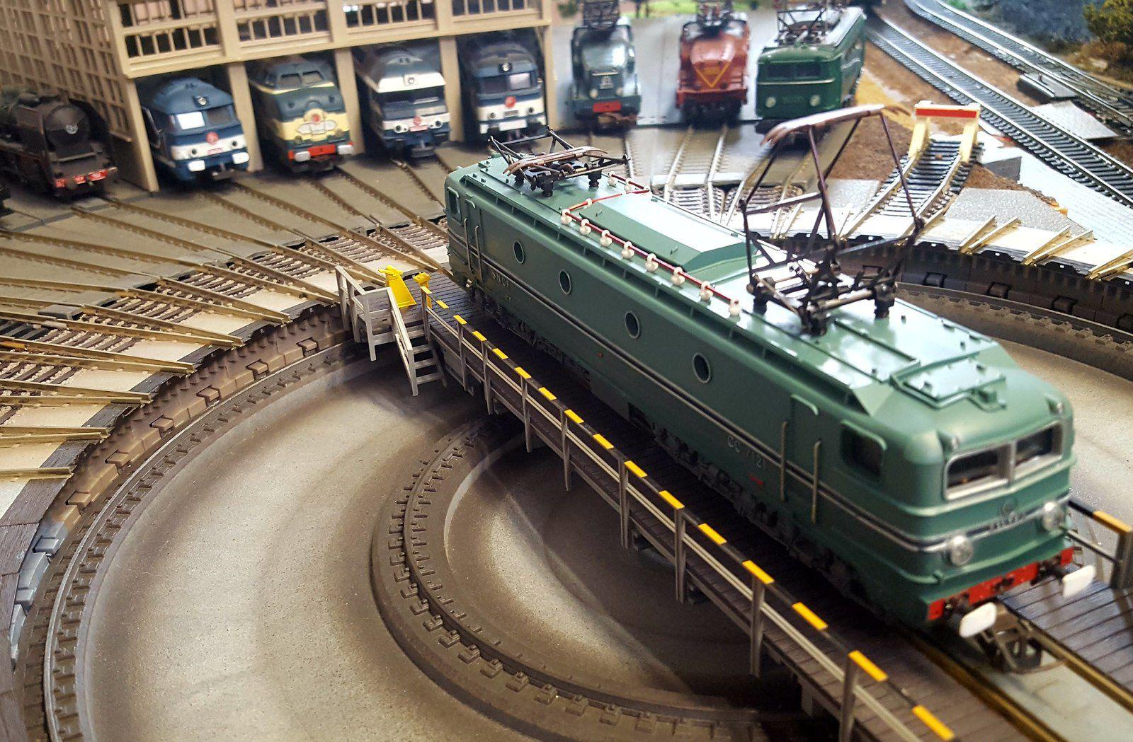 Locomotives et autorail HO des années 60