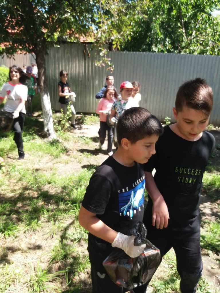 RSC primaire - Les  amis de la nature- Premiere partie