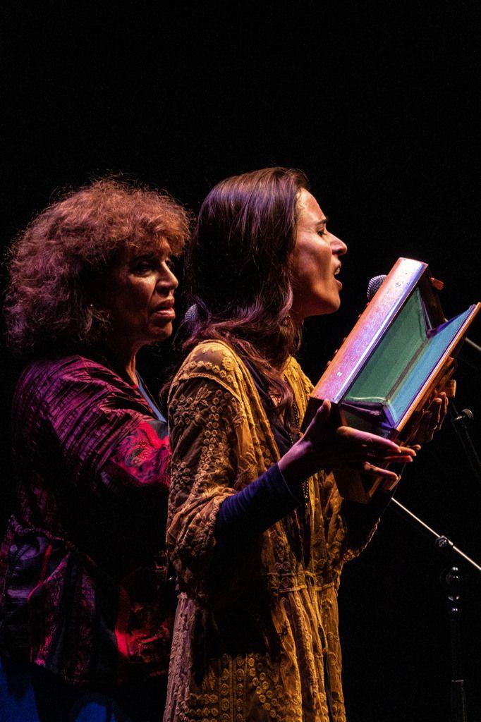 La Touche Enchantée invite le duo Terra Maïre en Divine Récital à la crypte des Abbesses le 6 octobre 2019 17H