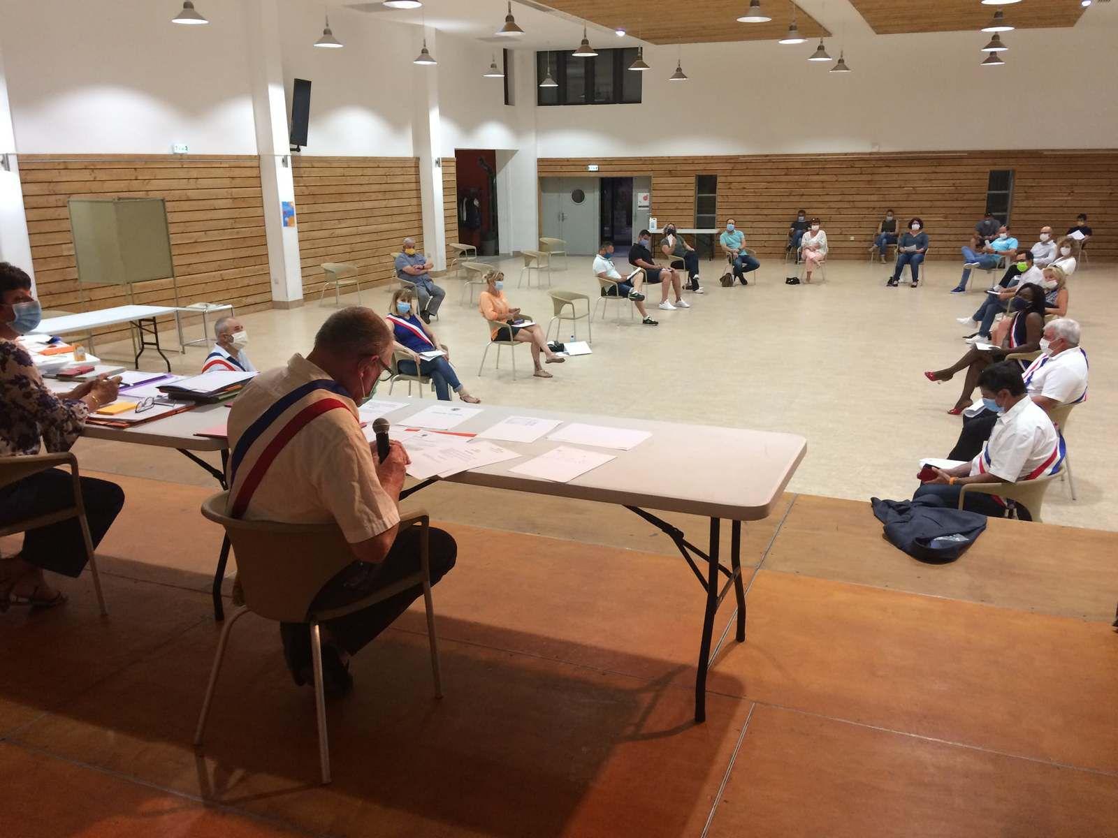 Une séance du conseil qui s'est tenue avec la stricte application des règles sanitaires