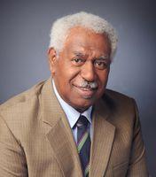 Homme politique, membre de l'Union Calédonienne et du FLNKS, Signataire de l'accord de Nouméa en 1998, Président du groupe UC-FLNKS et Nationalistes au Congrès de la Nouvelle-Calédonie