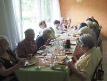 Le Club du Pont des Fées mange au Moulin Cotant