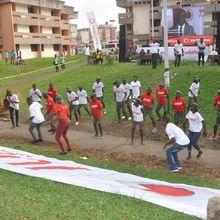 « Vodafone youth program», Salatiel, Mr Léo, Mimie et Sexy choco enflamment l'université de Douala