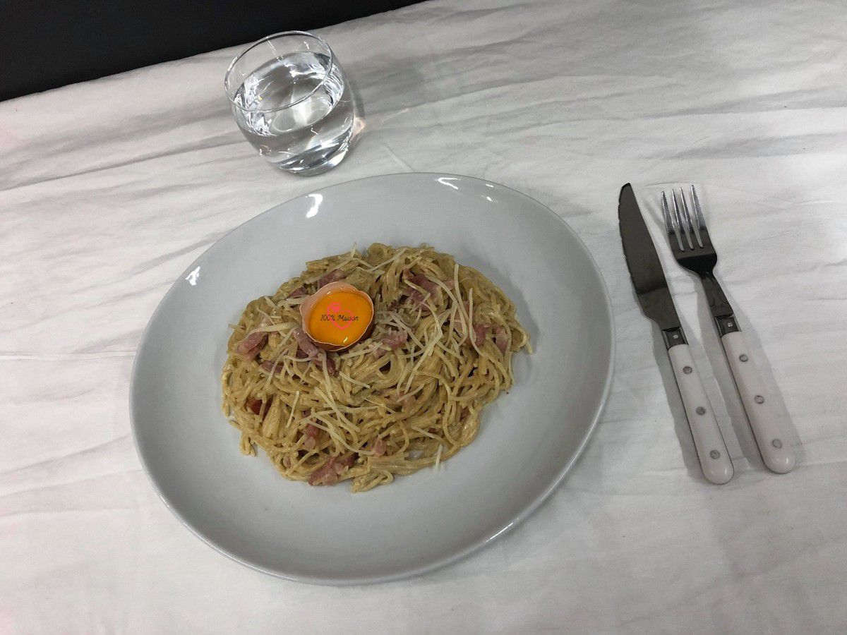 Spaghettis au mascarpone et lardons.
