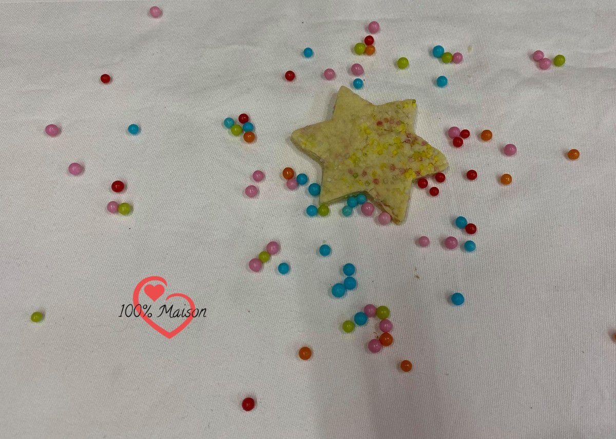 Les étoiles colorées.