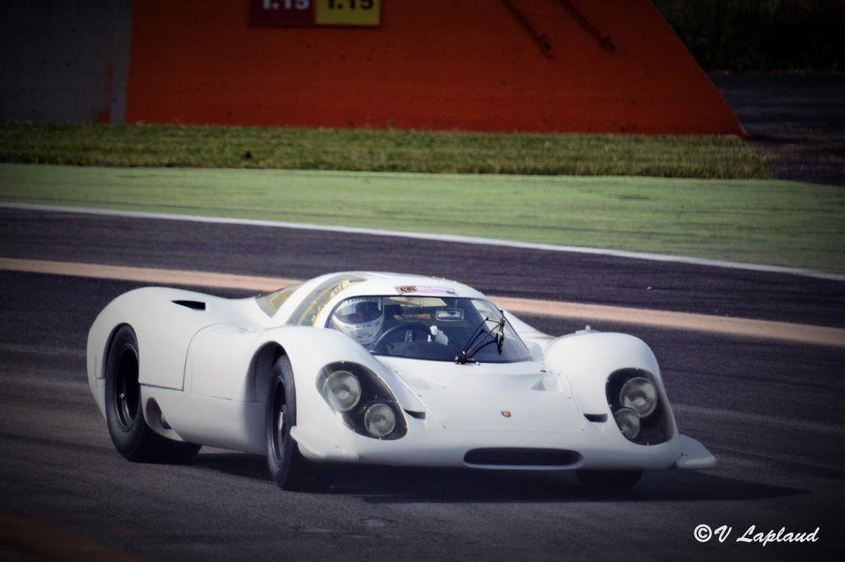 Porsche 917-002 pilotée par Romain Dumas au Classic Days 2018 à Magny-Cours.