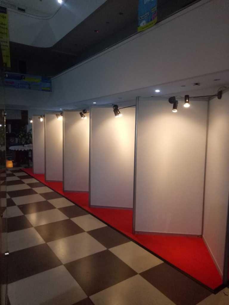 Sewa Partisi Pameran, stand pameran, sewa fitting room, sewa panel photo