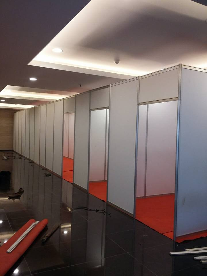 Sewa Fitting Room, Sewa Partisi Pameran, Jual Sewa Partisi R8