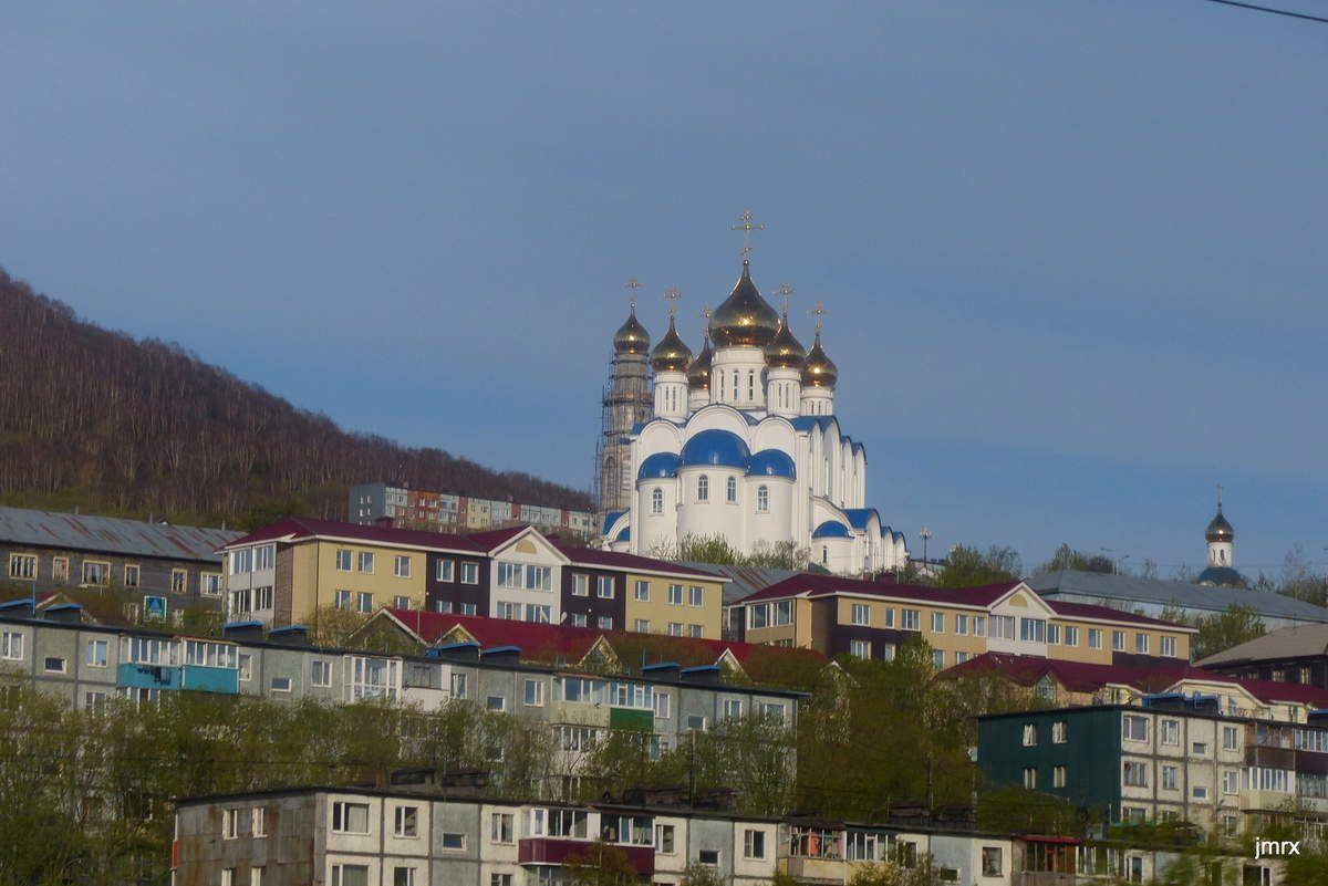 La Pérouse et Vitus Bering voisinnent à Petropavlovsk. La magnifique cathédrale orthodoxe.