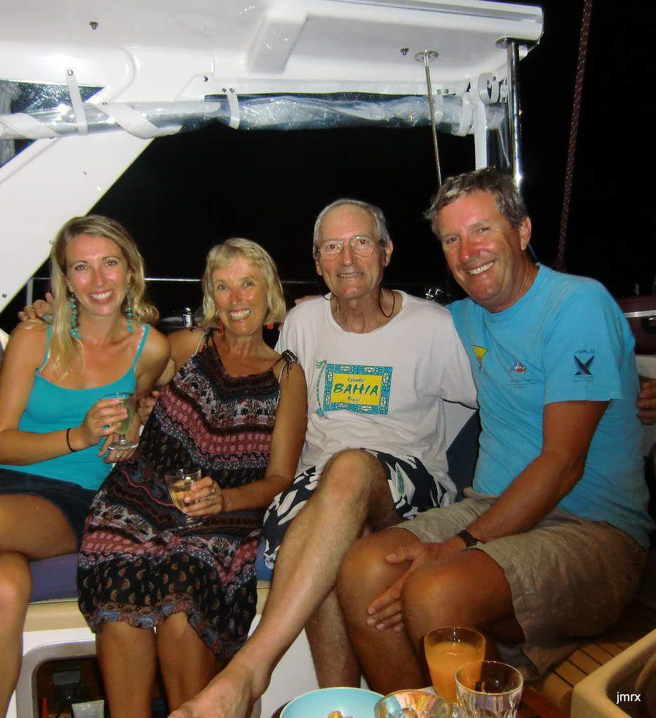 Une précieuse amitié me lie avec Ross, Jo et Emma Blackman grâce à qui toutes les portes s'ouvrent en Nouvelle Zélande dans le milieu nautique. Il faut dire que Ross a succédé à Sir Peter Blake à la tête de Team New Zealand après sa tragique disparition.