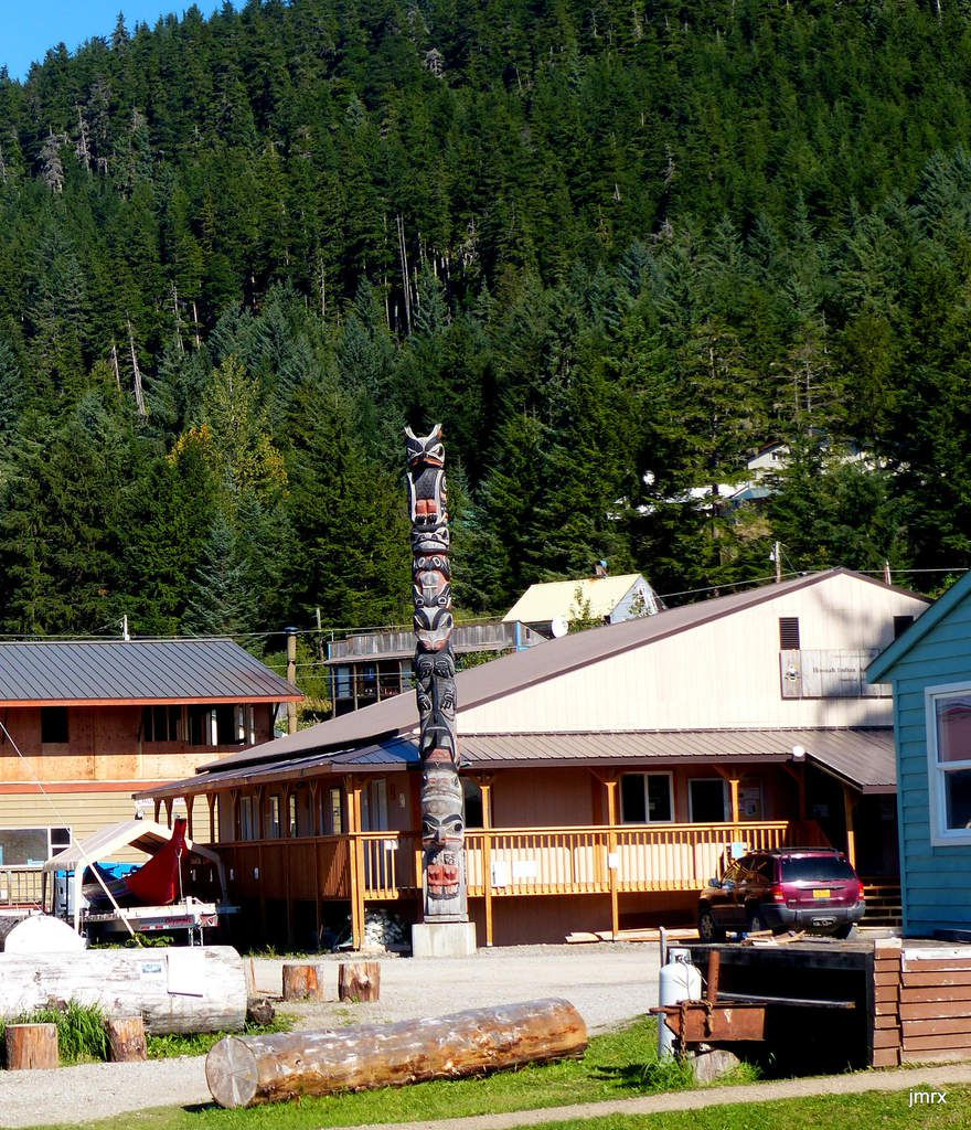 "Hoonah un ""native village""."