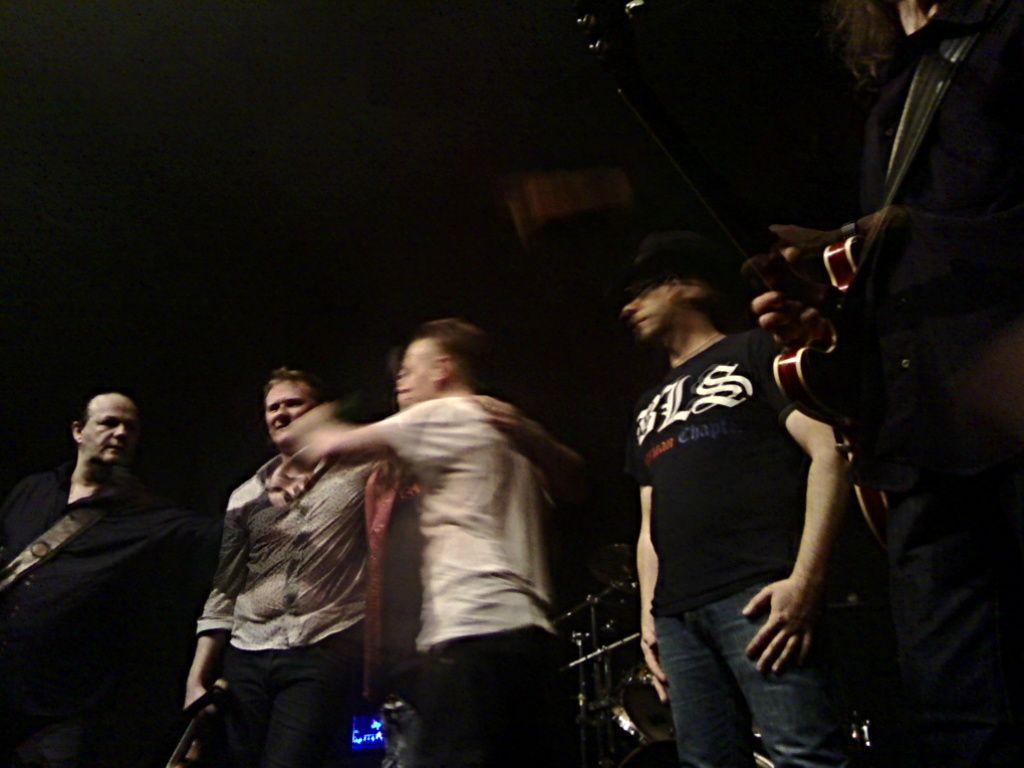 La grosse photothèque de la soirée où l'on retrouve les deux groupes qui ont fait cette tournée, Gang et Cliff Moore Band.