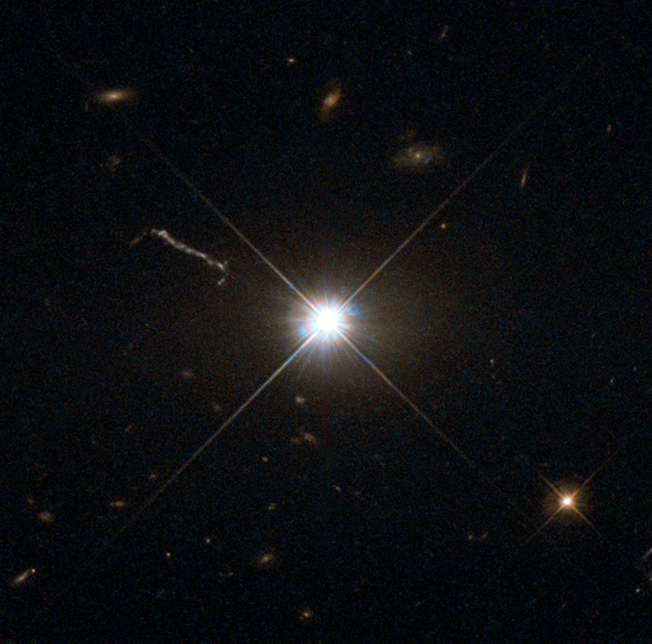 Quasar 3C 273 (ESA/Hubble & NASA)