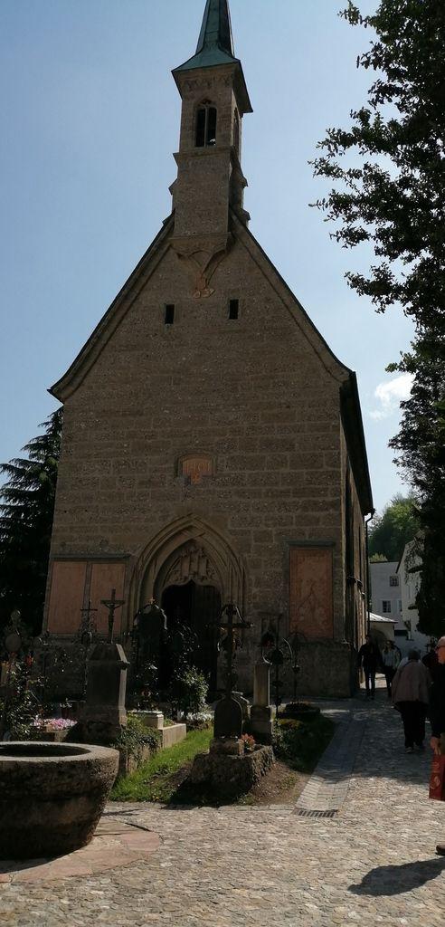St Peter's Abbey et cemetery